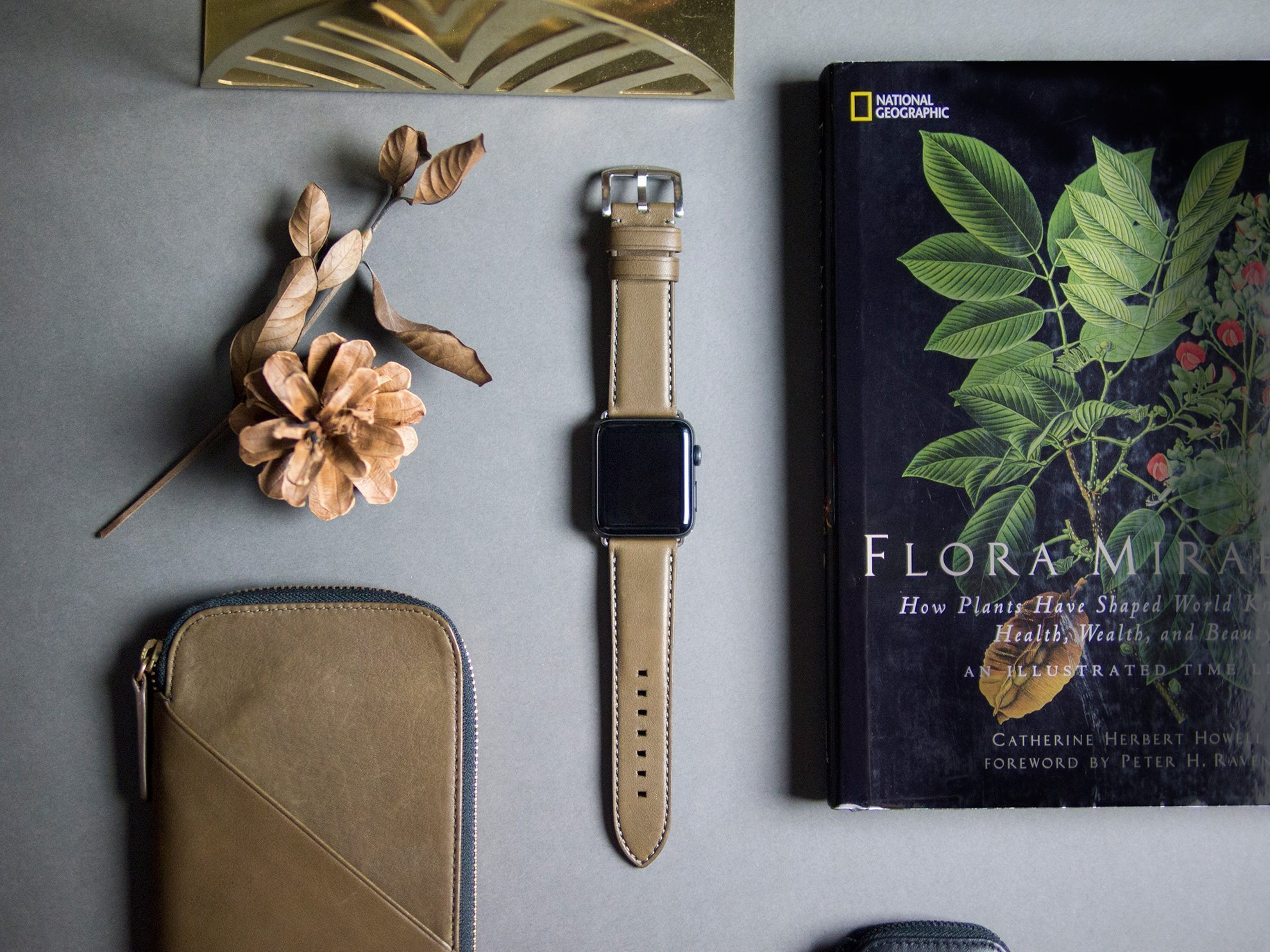 Mesmerizing Touch on Wrist – Alto Apple Watch Leather Strap
