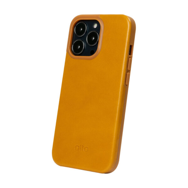 iPhone 13 Pro Max Protective Leather Case - Caramel Brown